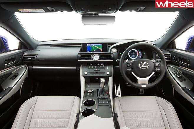 Lexus -RC200t -interior