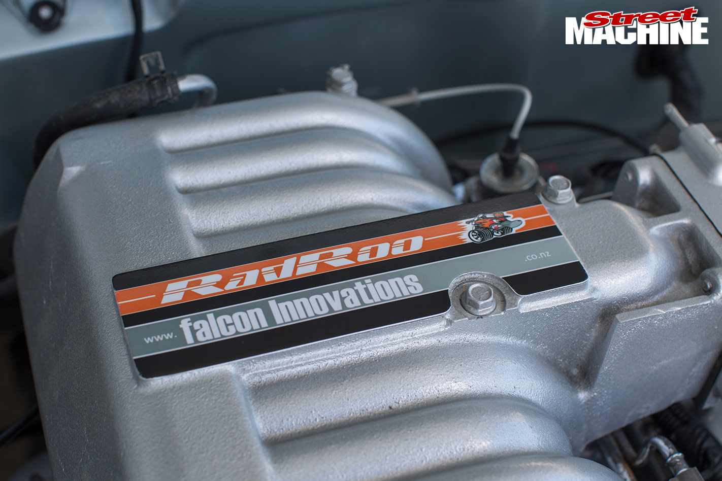 Ford -XY-Falcon -engine -detail
