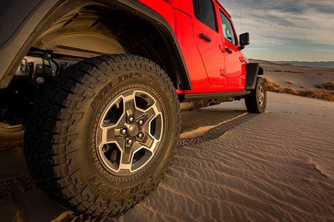Jeep Gladiator Mojave sand dunes