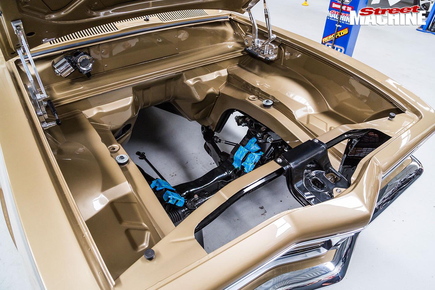 Holden LC GTR engine bay
