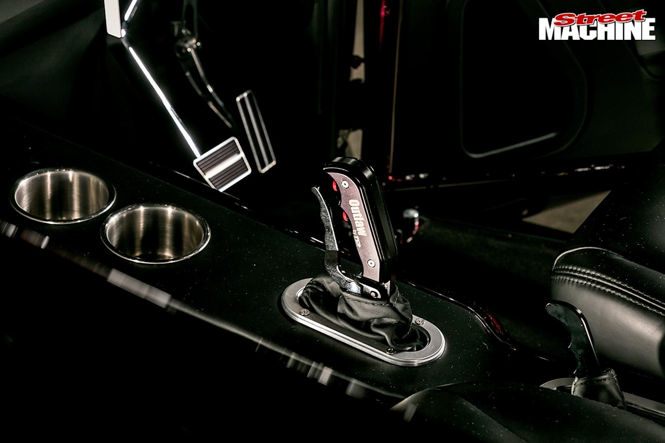 Plymouth coupe console