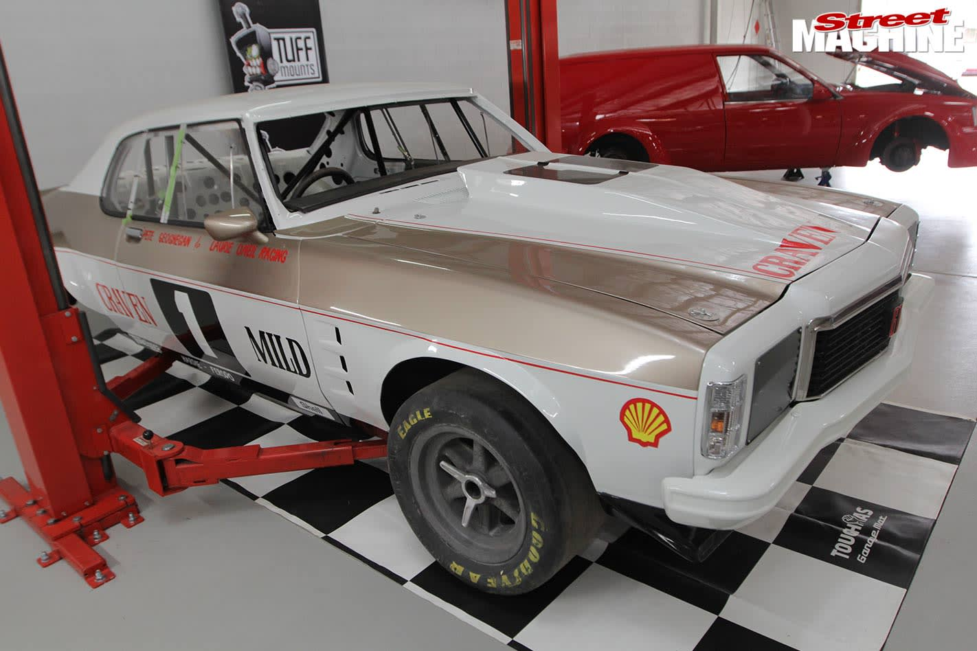 Holden hq coupe race car