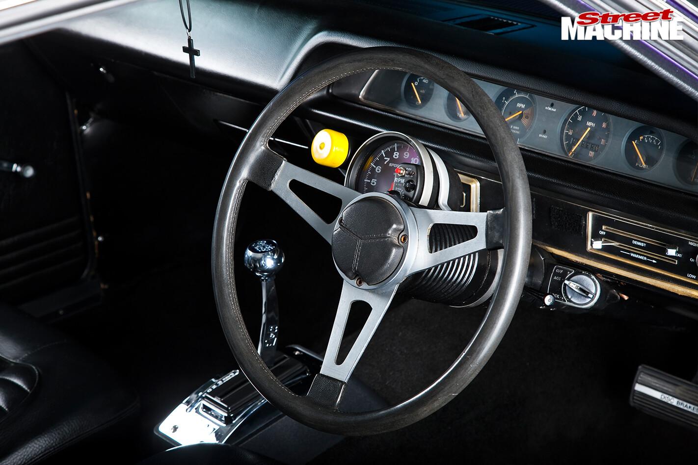 Chrysler -valiant -steering -wheel