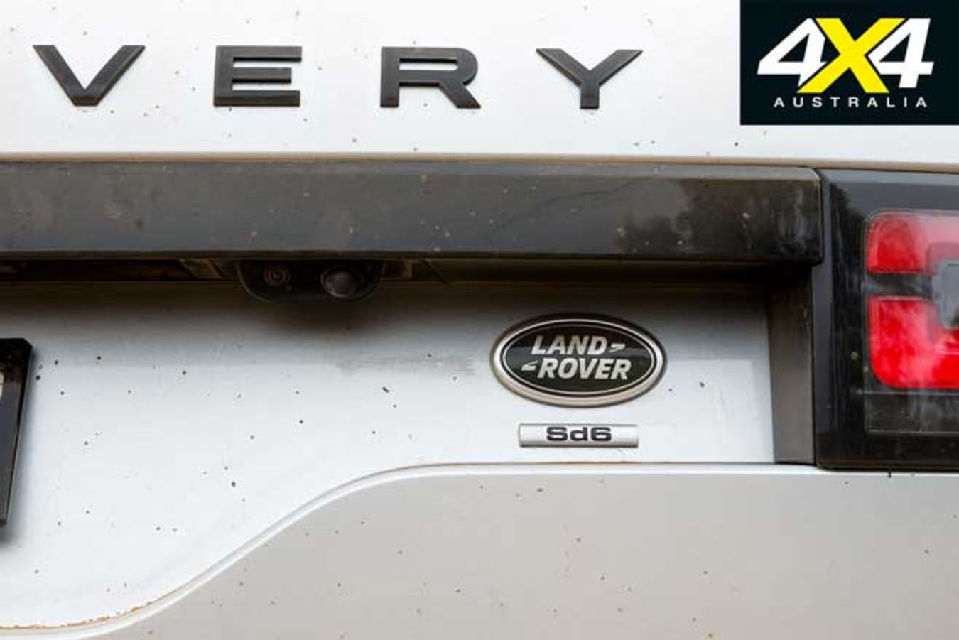 2020 4 X 4 Of The Year Land Rover Discovery Sd 6 Badge Jpg