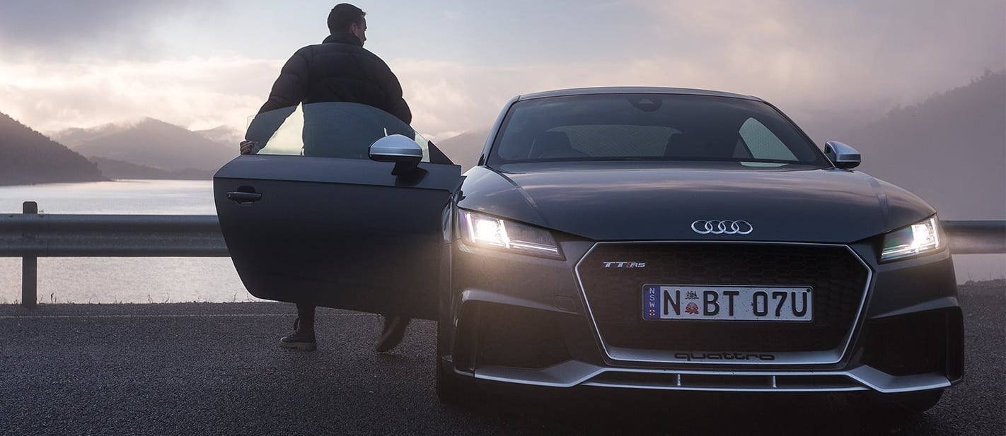 Lake Dartmouth to Omeo in a 2017 Audi TT RS