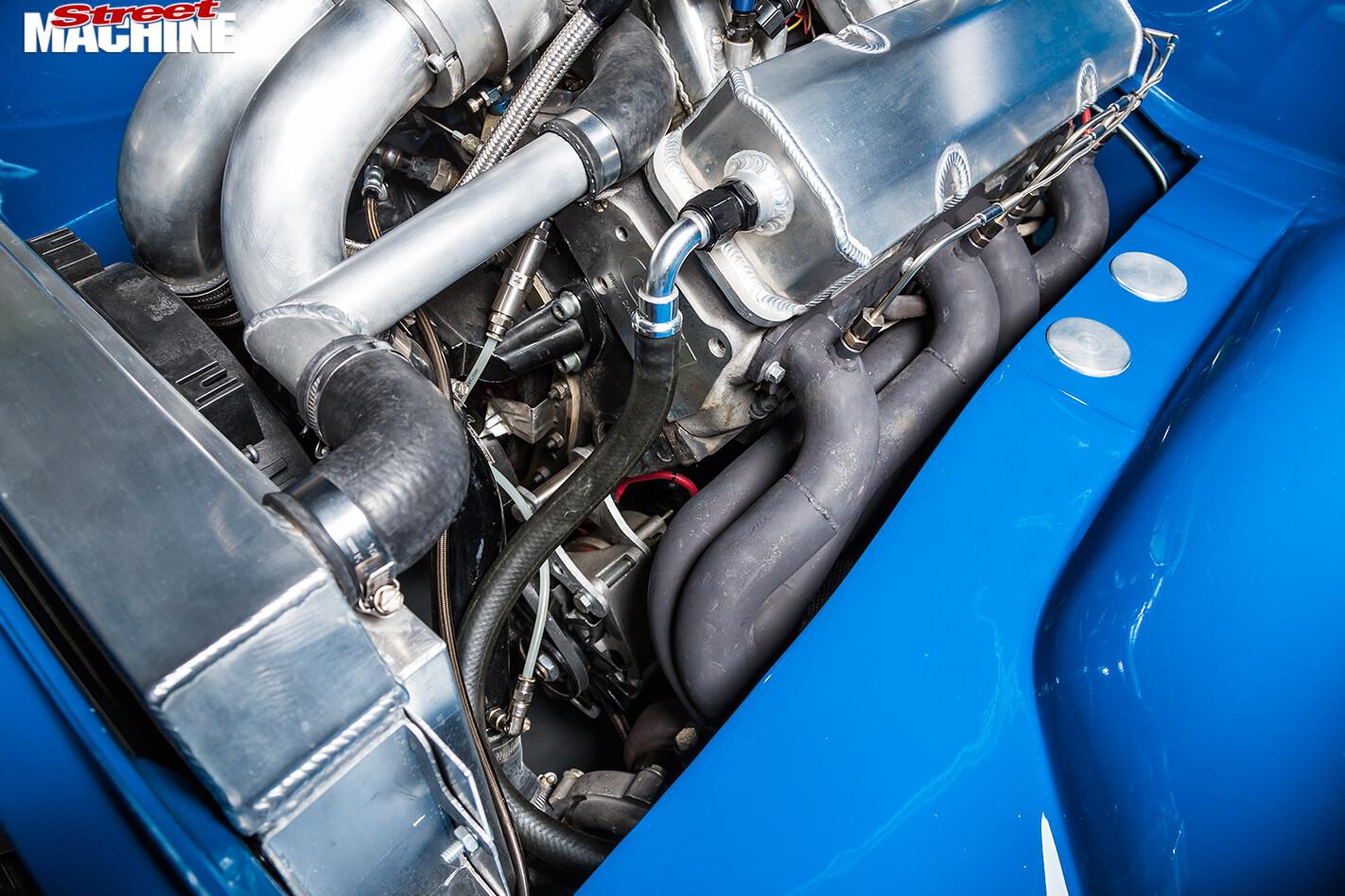 Holden -LH-Torana -engine -detail -2