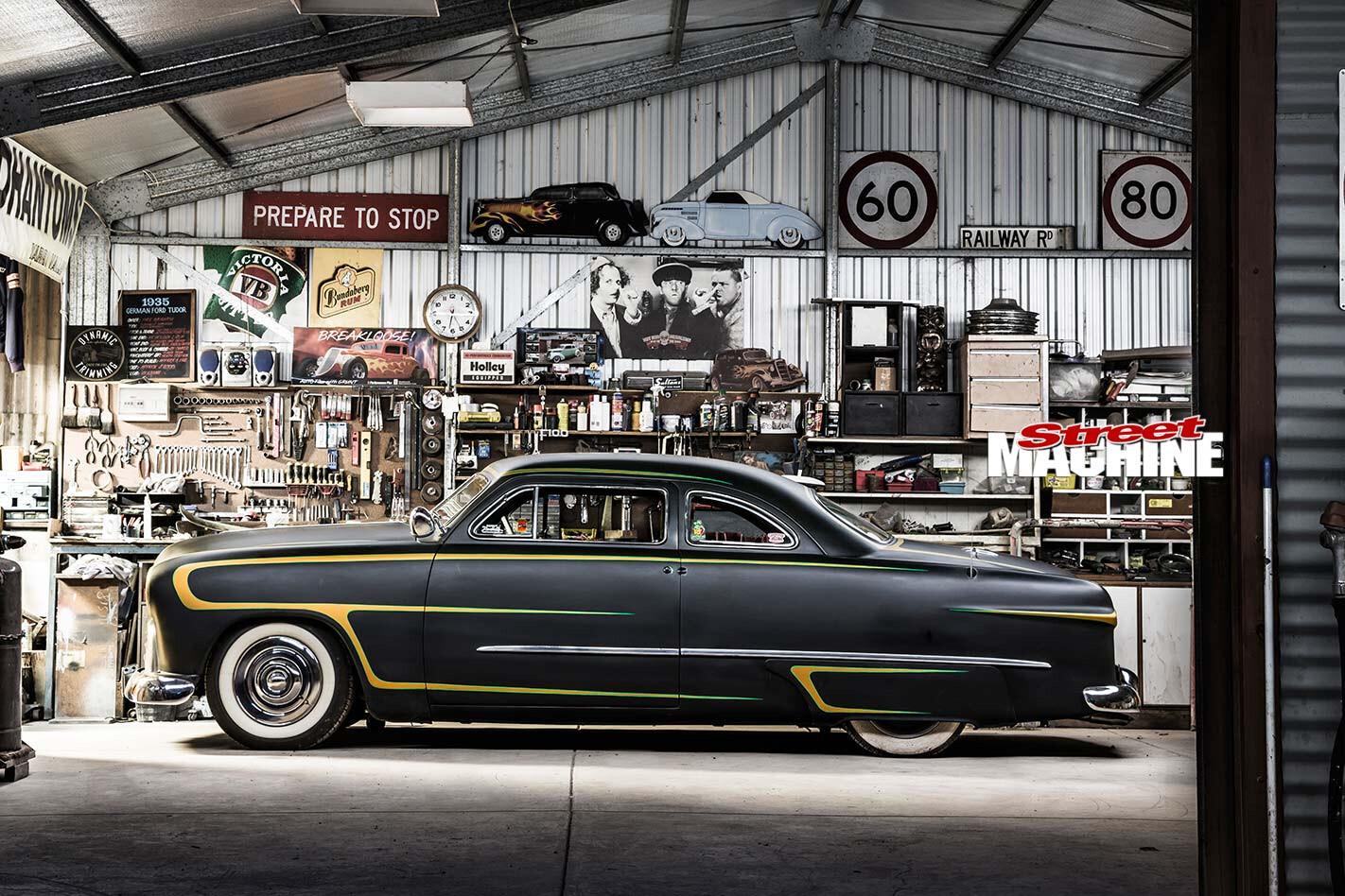 Ford Spinner side