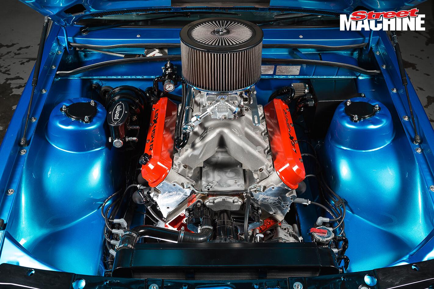 VL Calais LSX 454 Engine 3 Nw Jpg