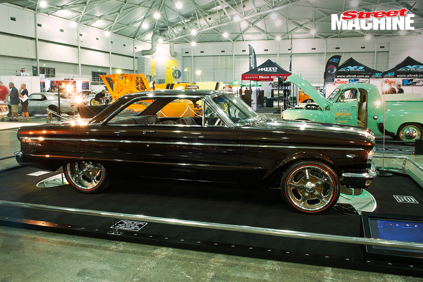 Ford Fairlane Coupe 3172