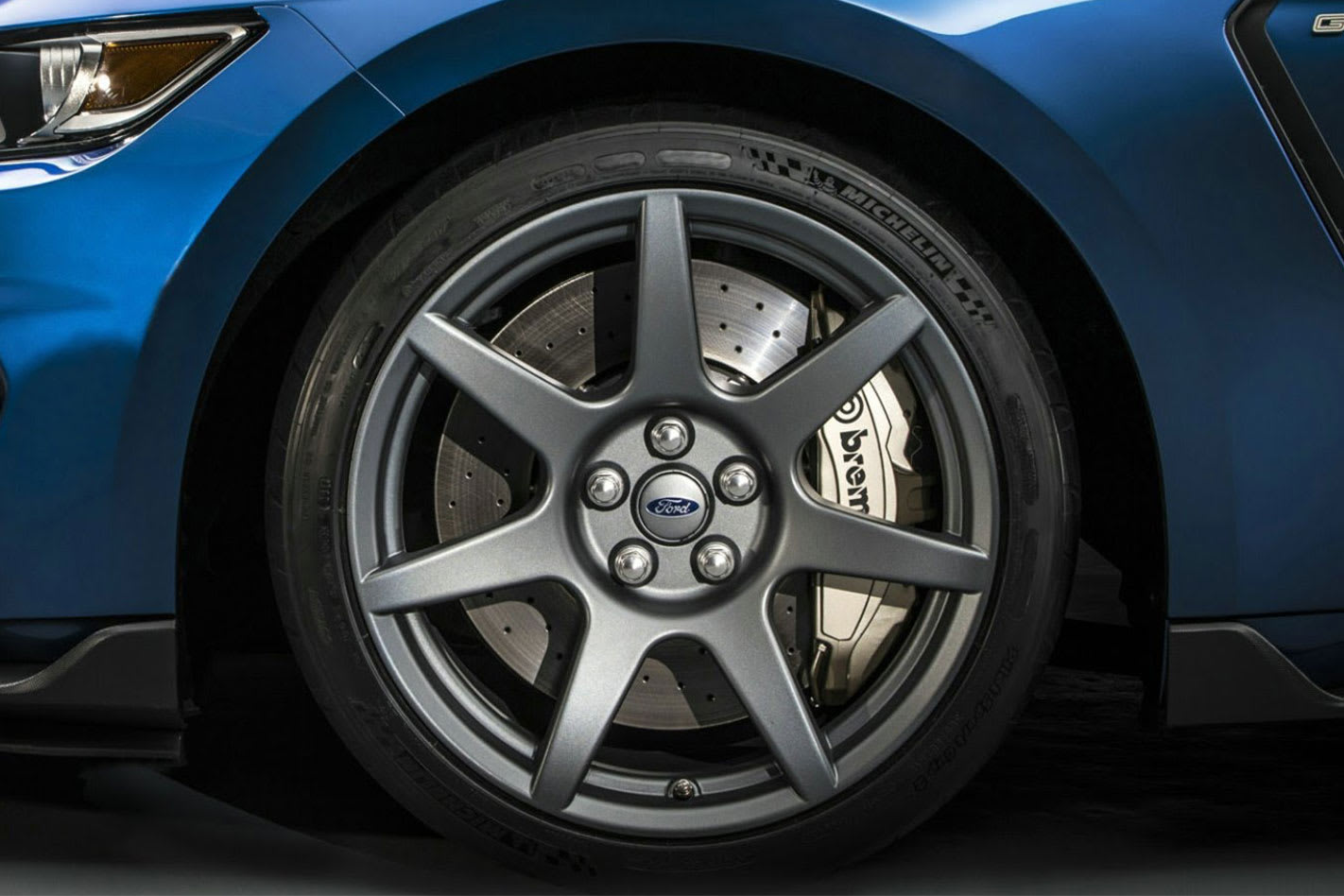 Ford Mustang carbon wheels