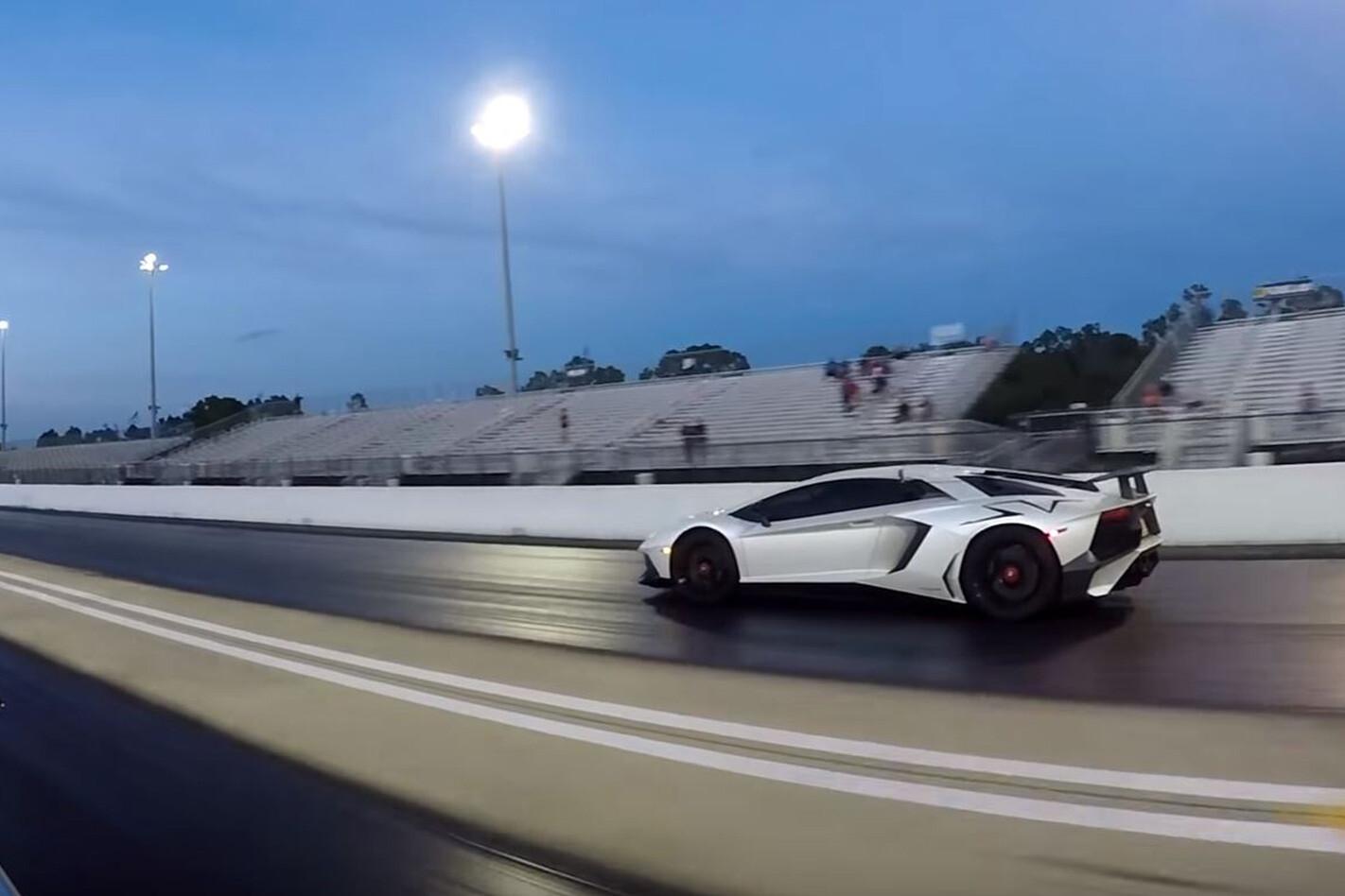Lamborghini Aventador SV drag racing