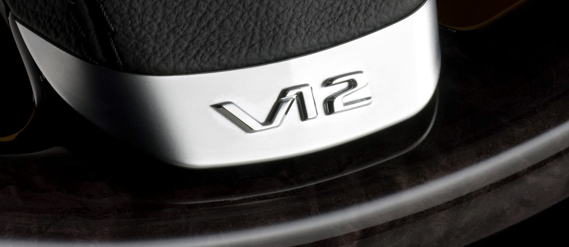 2016 Detroit Auto Show: Silent AMGs coming, V12 under threat