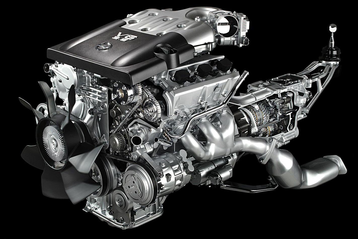 Nissan V6 engine