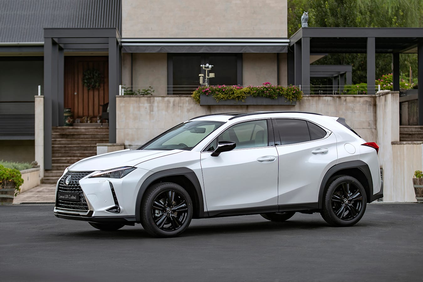 Lexus UX Crafted Edition