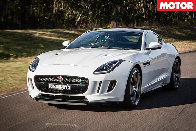 Jaguar F-Type Coupe R AWD 4