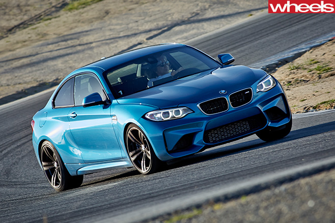 BMW-M2-driving -around -a -track