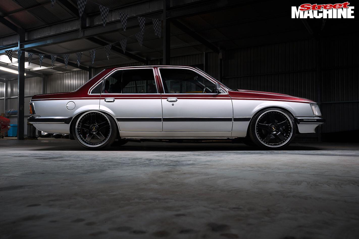 Holden VH Commodore SL/E side