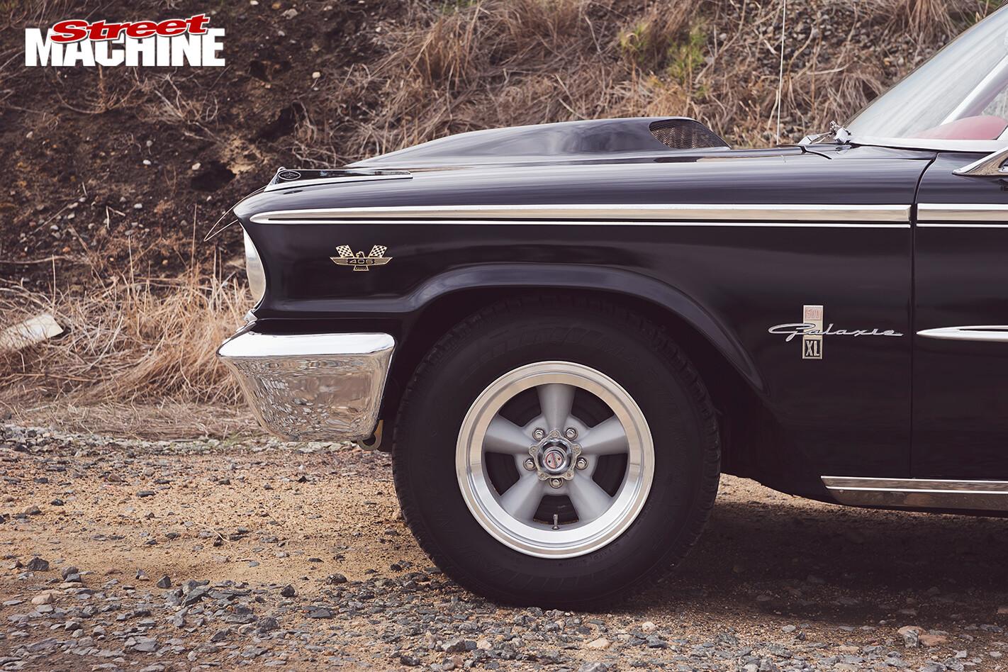 Ford -Galaxie -500XL-bumper