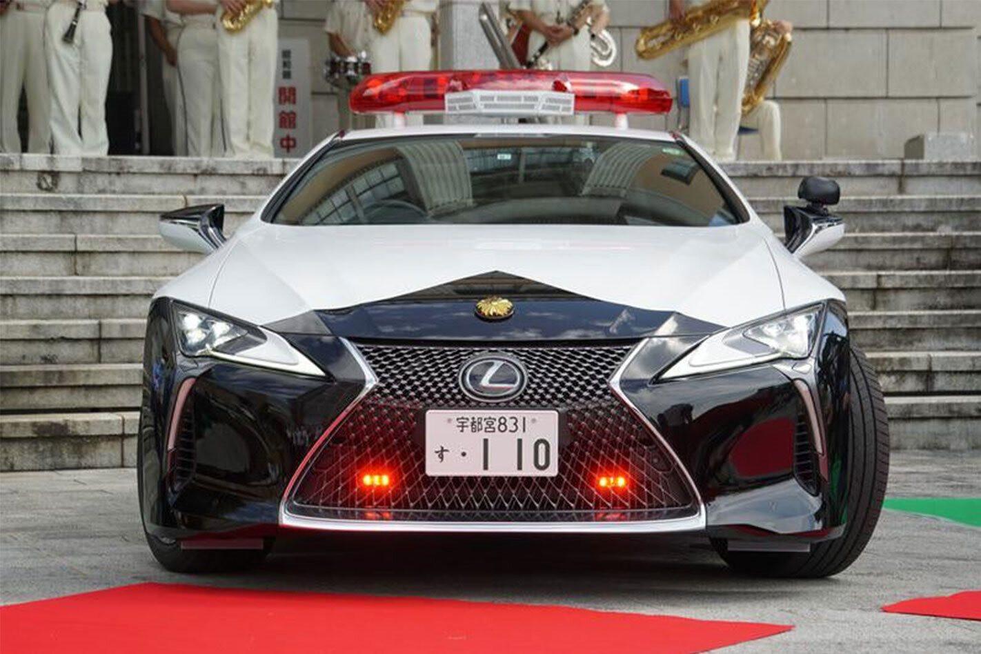 Lexus LC500 police car Japan