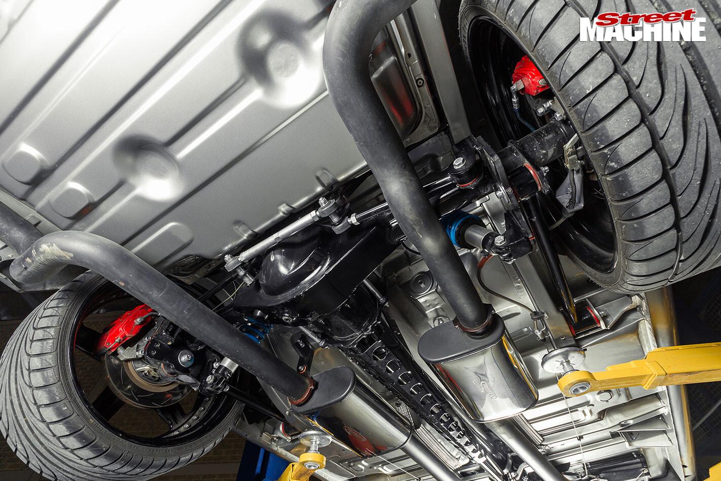 Ford XY Falcon underside