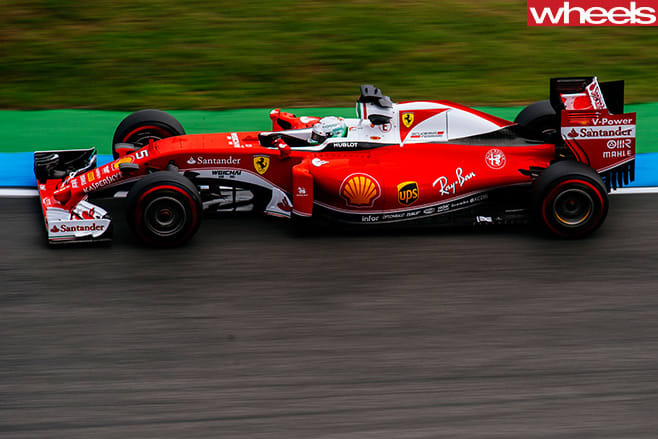 Ferrari -F1-car -racing -top -side
