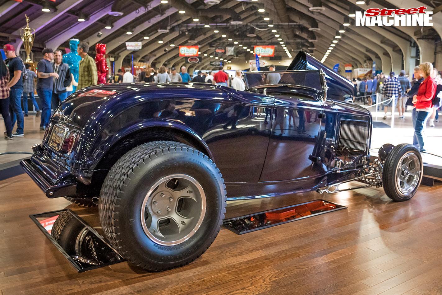 1932 Ford roadster, Stinger