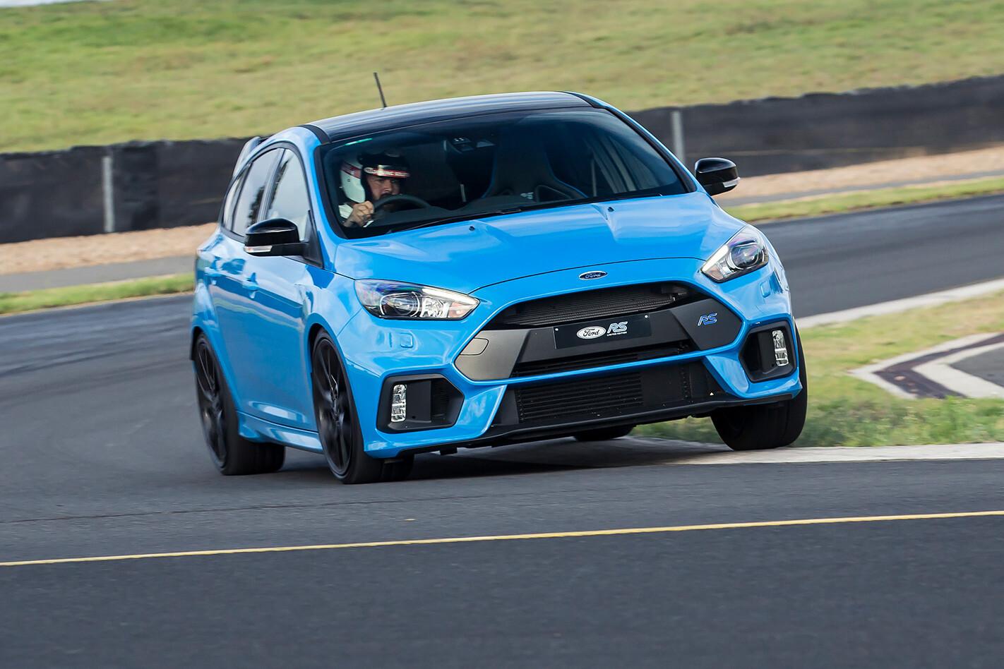 Ford Focus Rs Hp Jpg