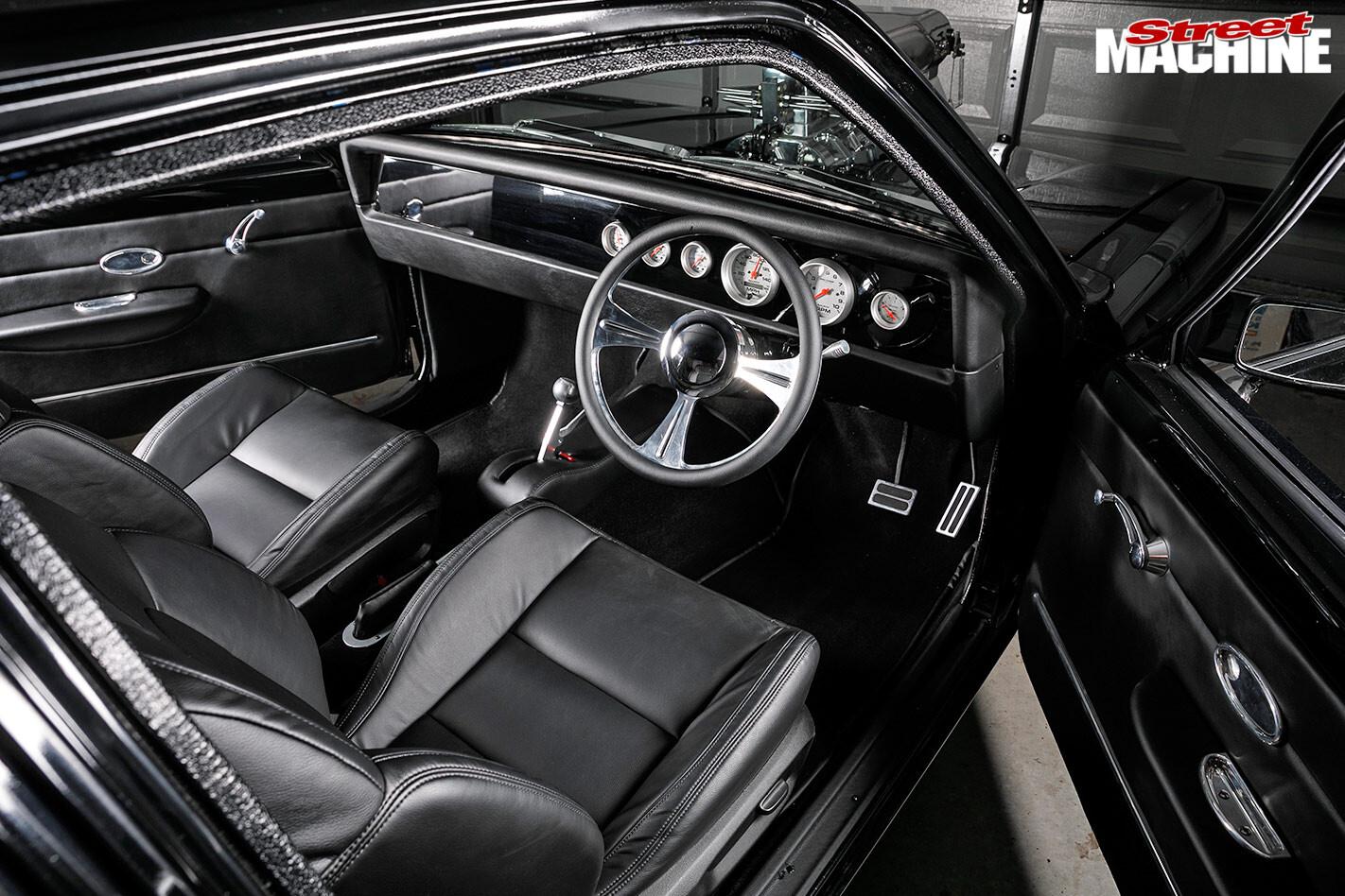 Holden LX Torana interior