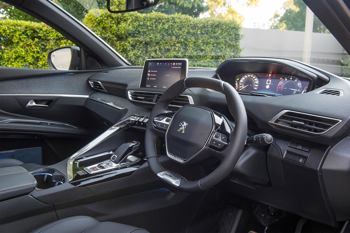 Peugeot 5008 Interior Jpg