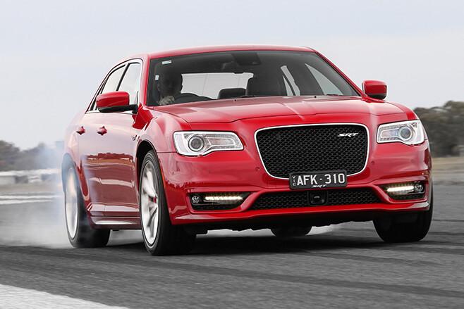Chrysler -300-SRT-V8