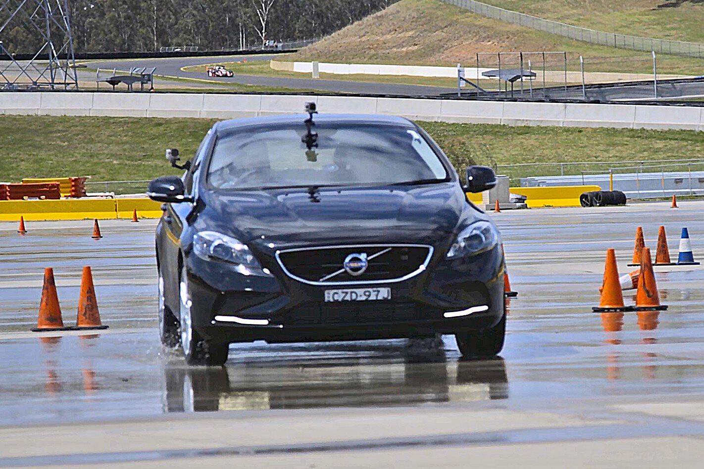 Volvo V 40 Taking Driving Course Jpg