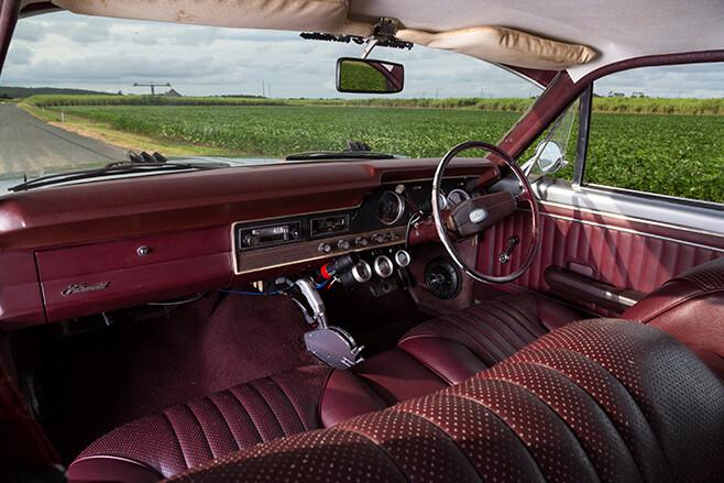 Ford XT Fairmont interior