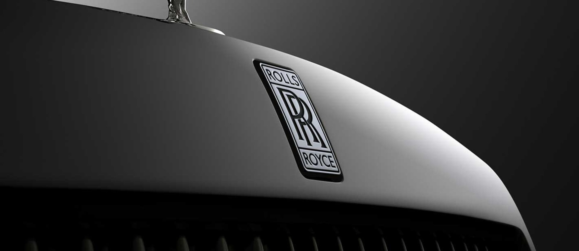 Rolls-Royce CEO commits V12s