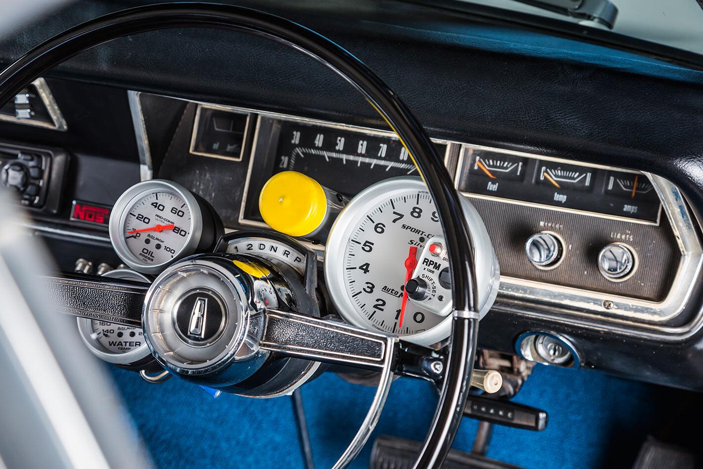 Chrysler VIP Valiant dash