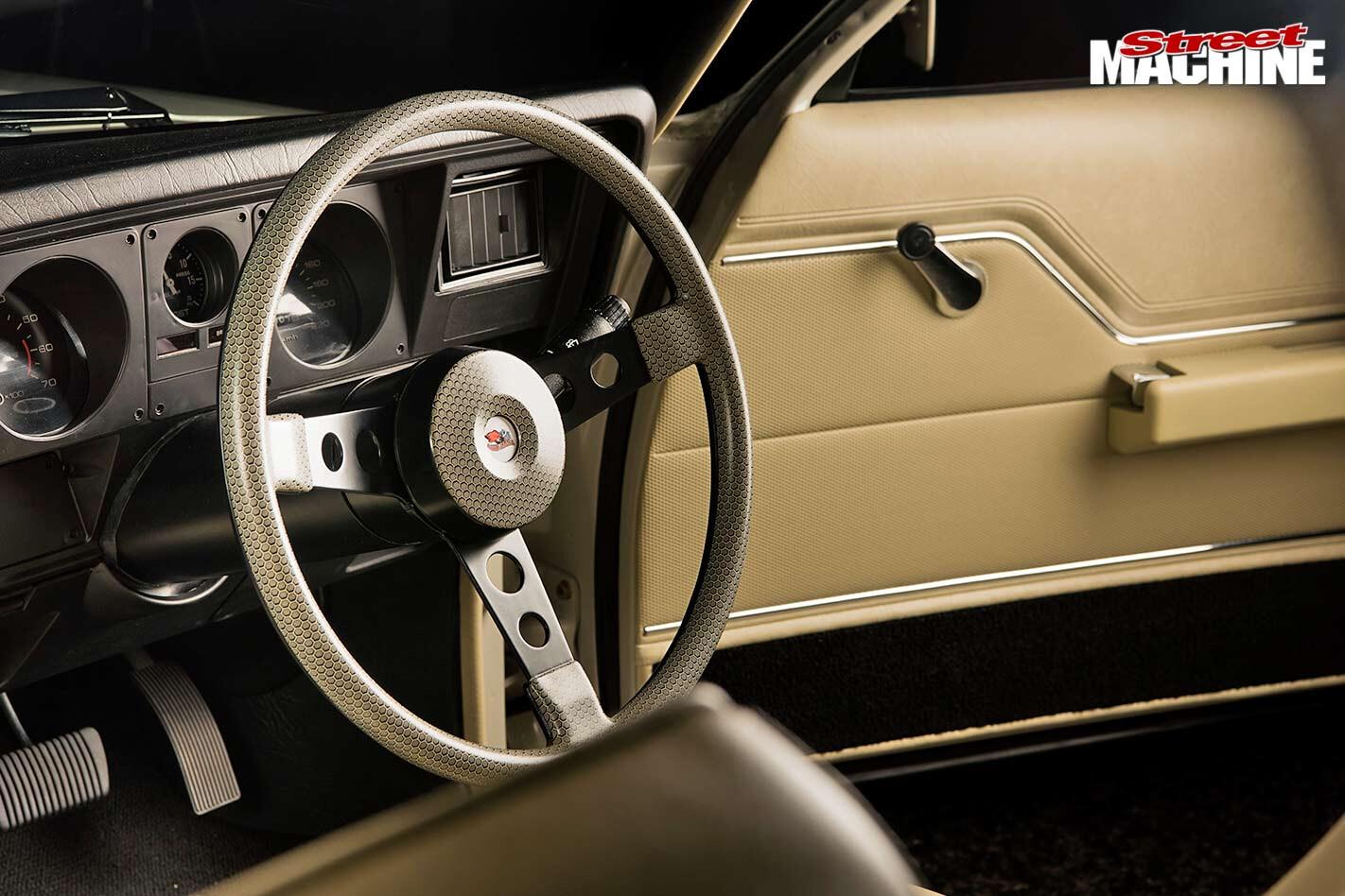 Holden HZ ute interior