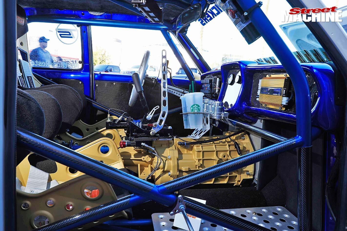 Mazda R100 interior