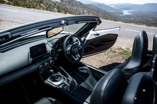 Mazda MX-5 GT RS interior