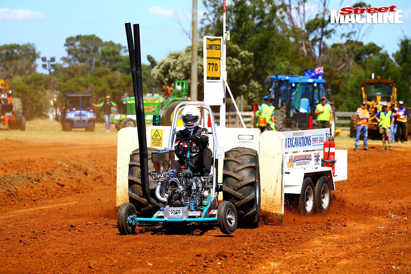 Tooradin -tractor -pull -8-b