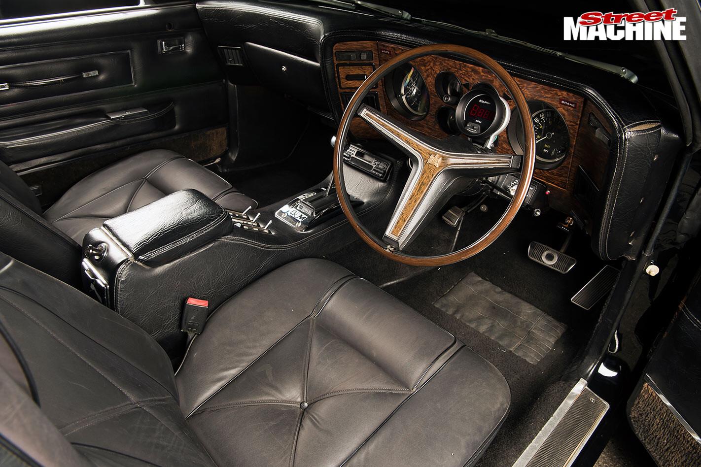 Ford Landau interior front
