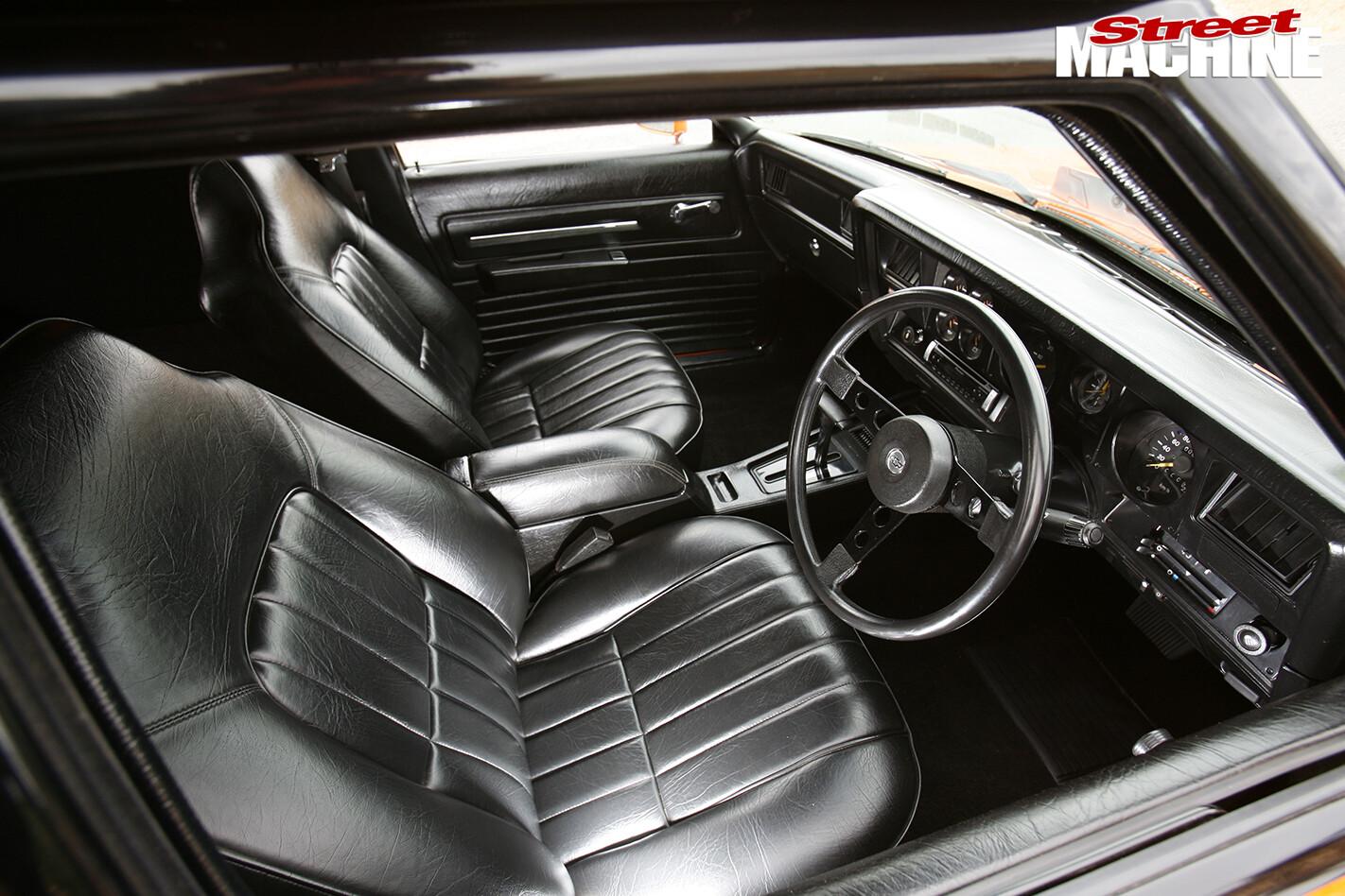 Holden -HZ-Sandman -interior -front