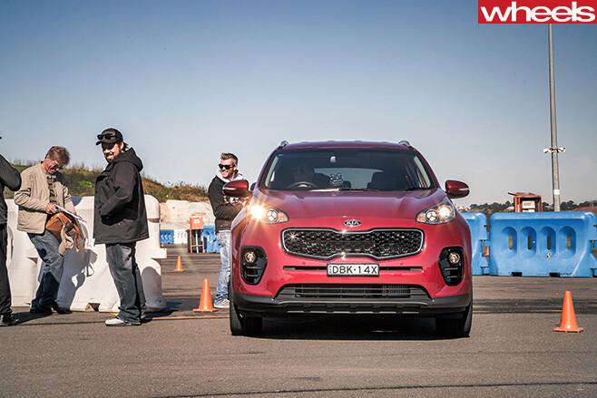 Team -testing -Kia -Sportage