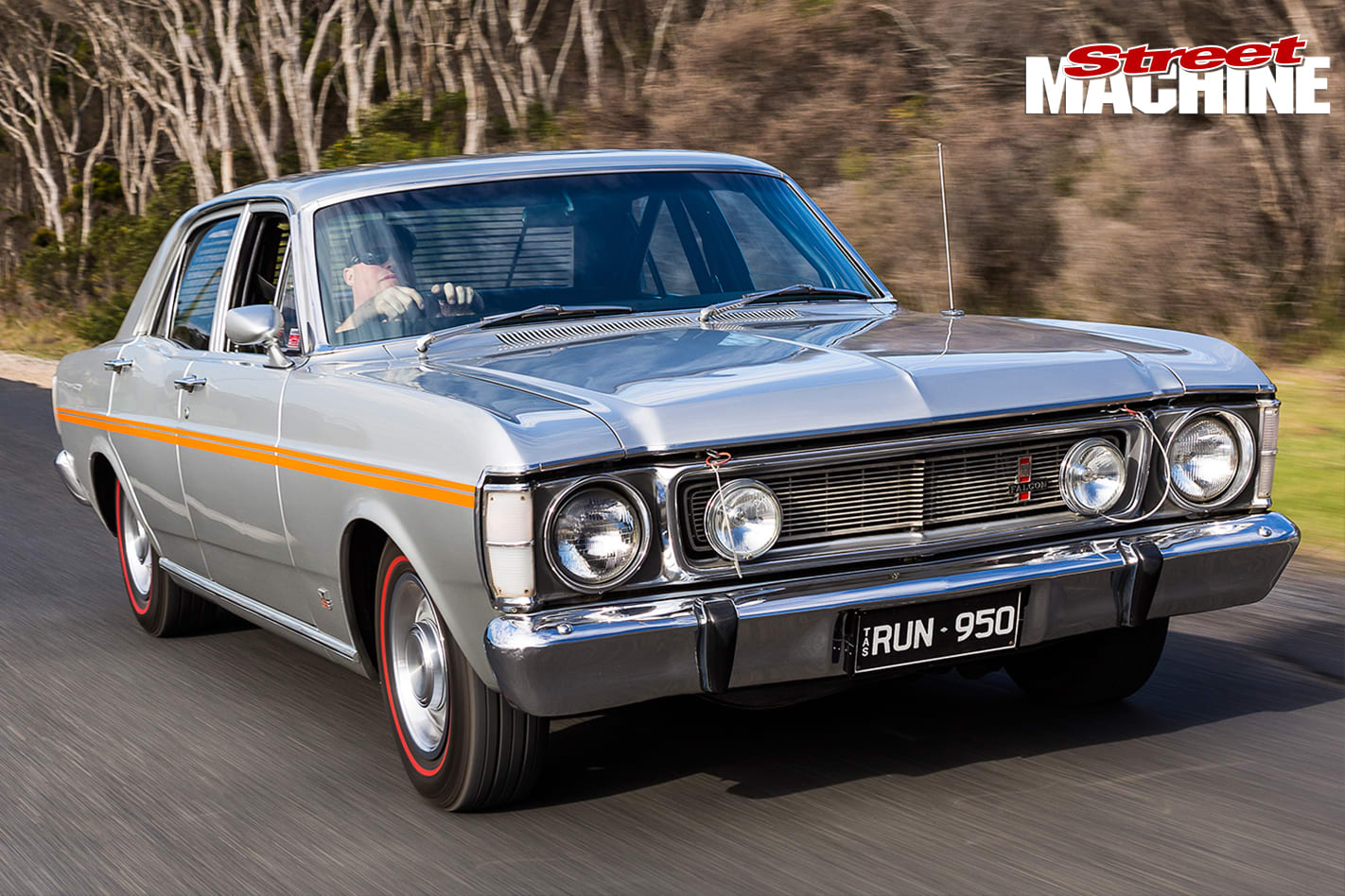 1970-Ford -XW-Falcon -onroad -front