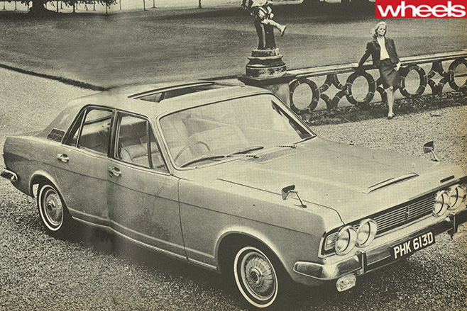 Four -door -sedan -car