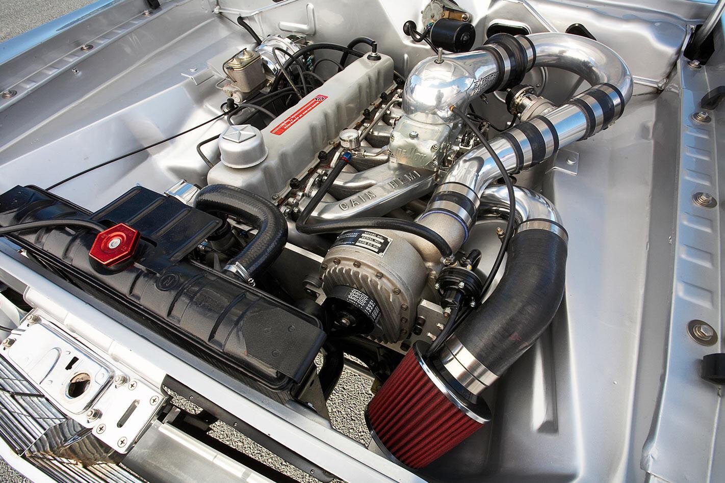 Chrysler VG Valiant ute engine bay