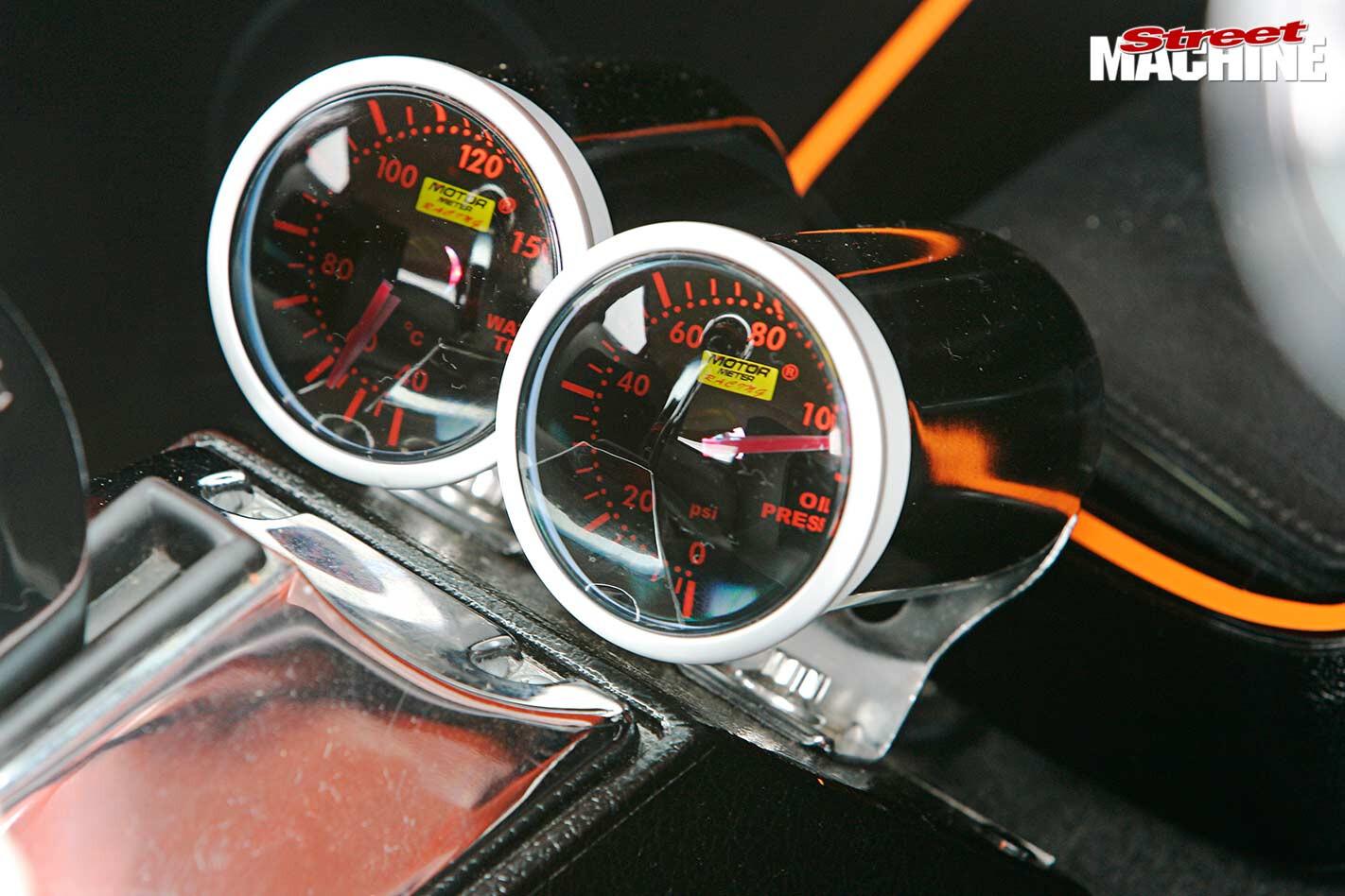 Ford Falcon XR wagon gauges