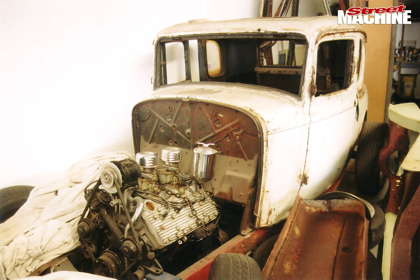 Ford coupe in the build