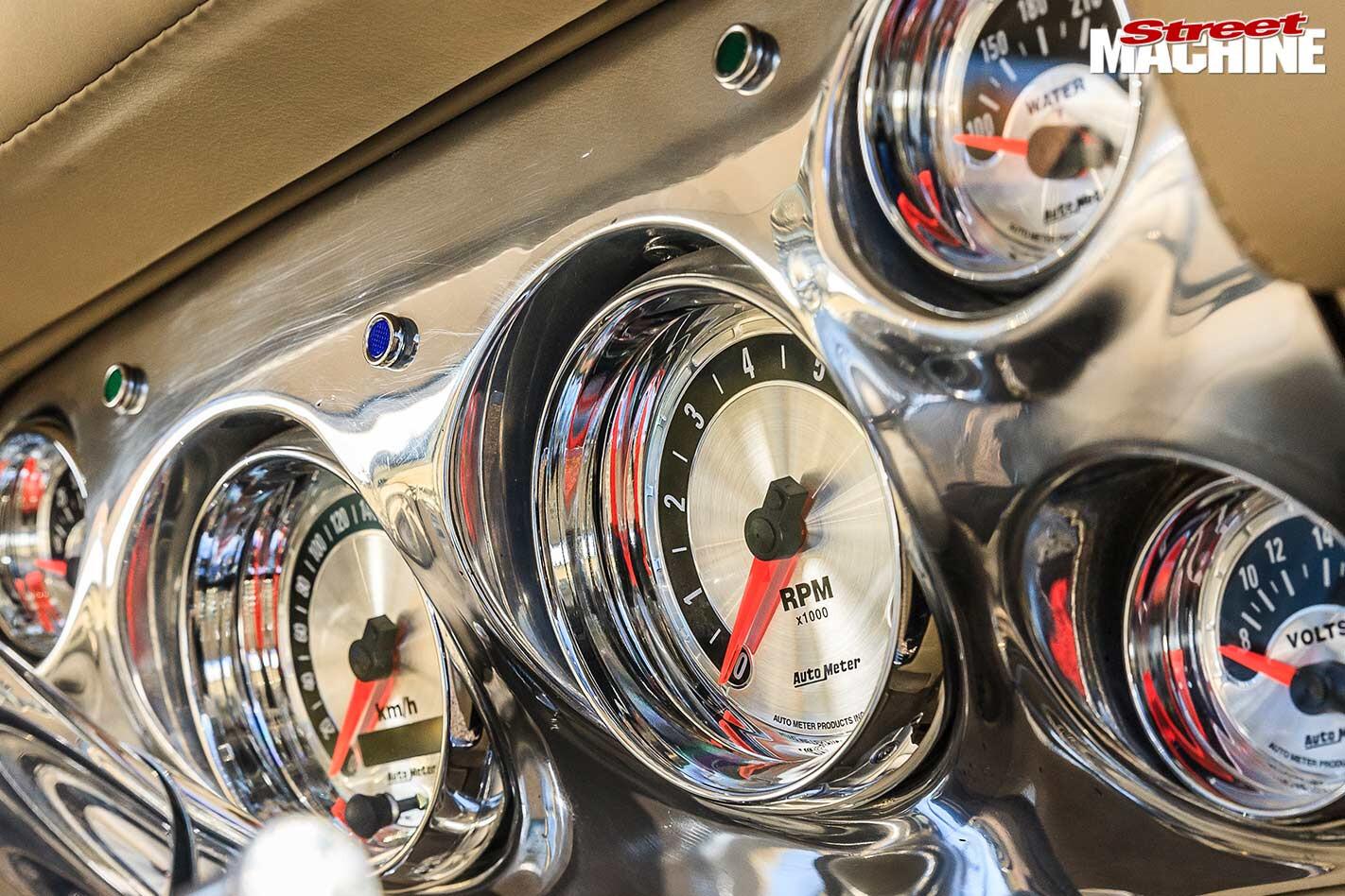 Holden Torana gauges