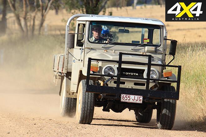 FJ45 driving front