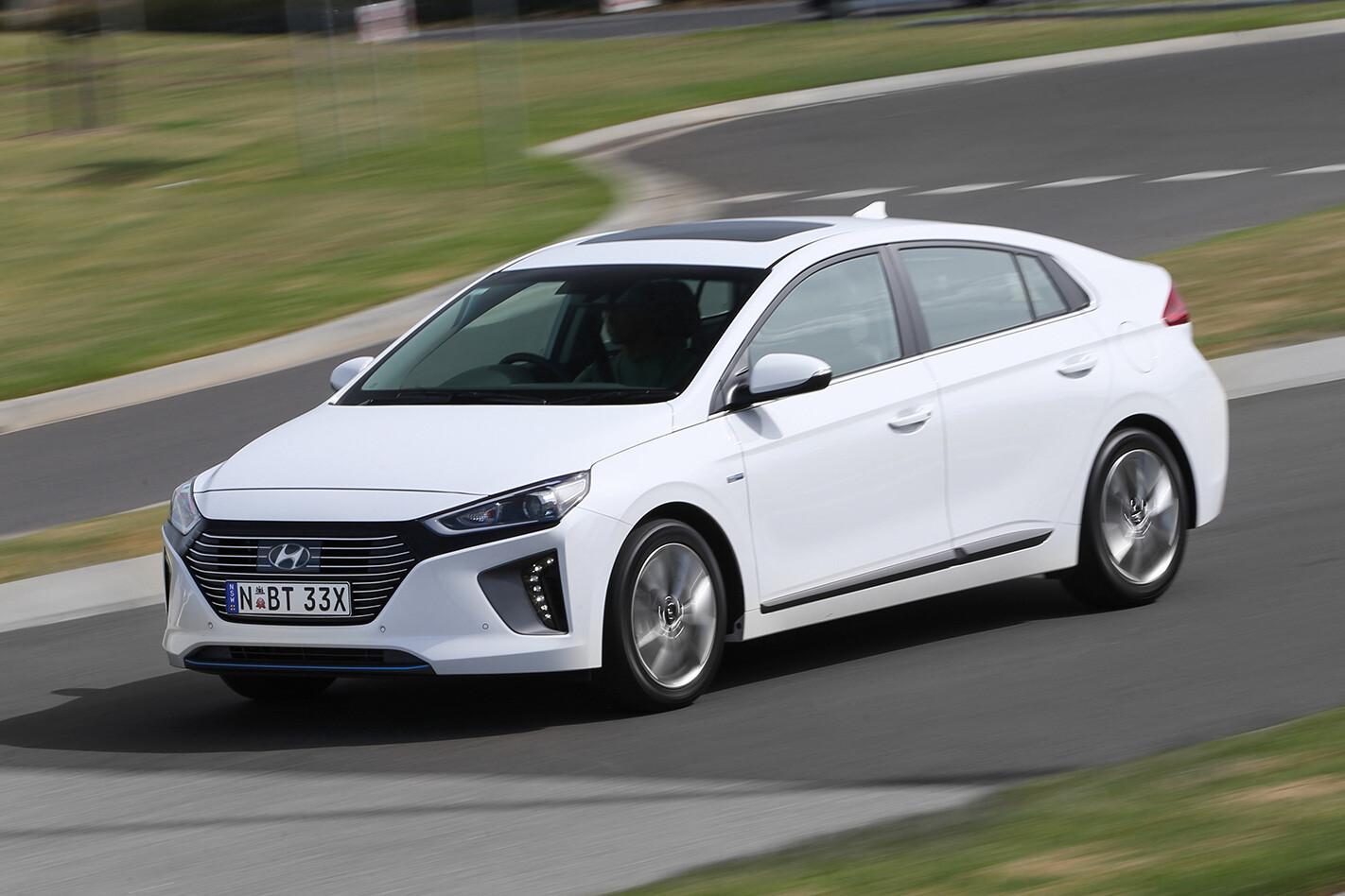 Hyundai Toyota Hyundai Driving Jpg
