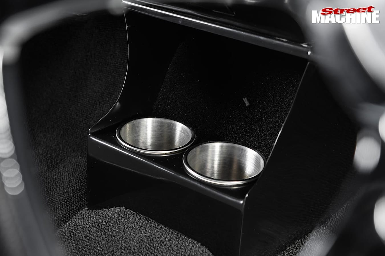 Holden HT Kingswood cup holders